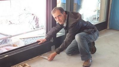 Kontrolle Wärmedämmung Fenster, Fensterabdichtung, Baubegleiter München Baubegehung Begehungsprotokoll Baustelle Baustellenprotokoll