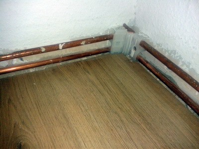 verhindern von Schwarzschimmel mit Eckenbegleitheizung zur Erwämung der Ecken,Schimmel im Haus