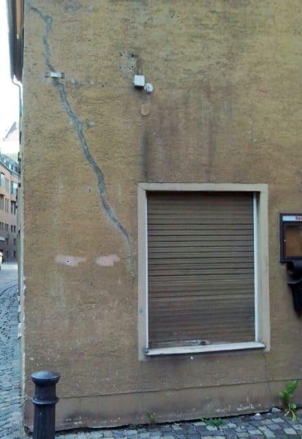 Risse gefährliche Setzungsrisse Schäden Bauschäden BEWEISSICHERUNGSGUTACHTEN
