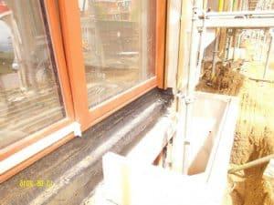 Baukontrolle Isolierung Balkon Abdichtung bodentiefe Fenster, Aufstandselement, Terrassentür, Drainrinne